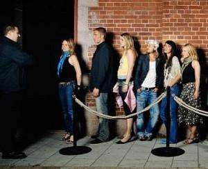 Что нужно знать, чтобы пройти фейс-контроль в клубе?